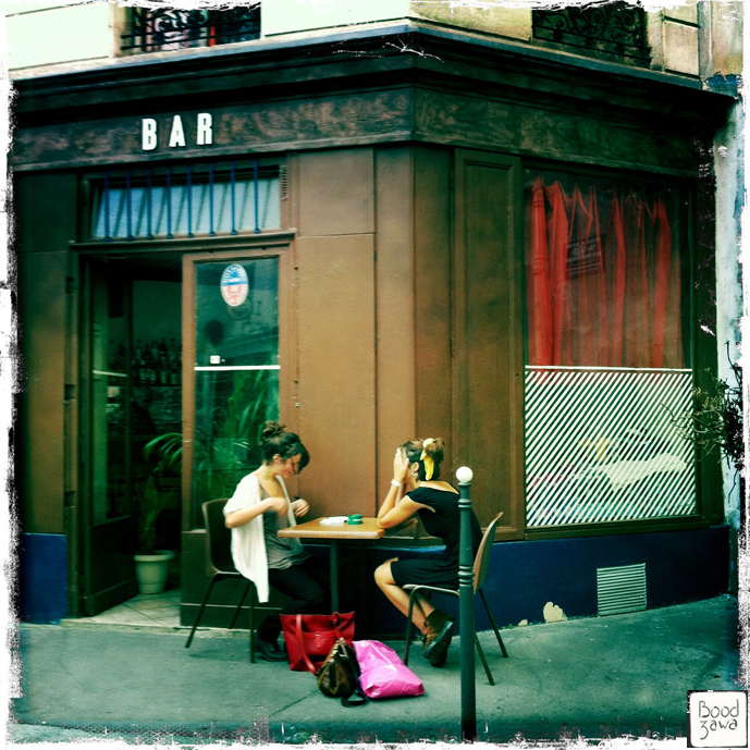 bar-discussion-entre-copines