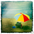 """Comme je suis bien là, il fait beau, il fait chaud…cela fait du bien de souffler, de profiter de la mer bleue et du soleil qui tape…..ah je resterai bien...<div class=""""addthis_toolbox addthis_default_style addthis_"""" addthis:url='http://www.boodzawa.com/sous-le-parasol/' addthis:title='Sous le parasol ' ><a class=""""addthis_button_facebook""""></a><a class=""""addthis_button_twitter""""></a><a class=""""addthis_button_email""""></a><a class=""""addthis_button_pinterest_share""""></a><a class=""""addthis_button_compact""""></a><a class=""""addthis_counter addthis_bubble_style""""></a></div>"""